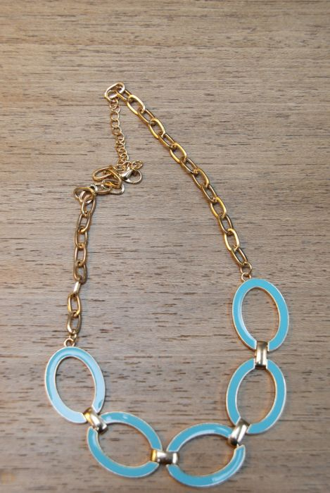 41Hawthorn Enamel Ovals & Chain Necklace