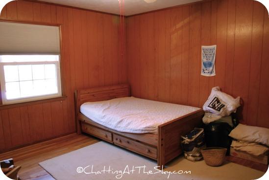 girls room before