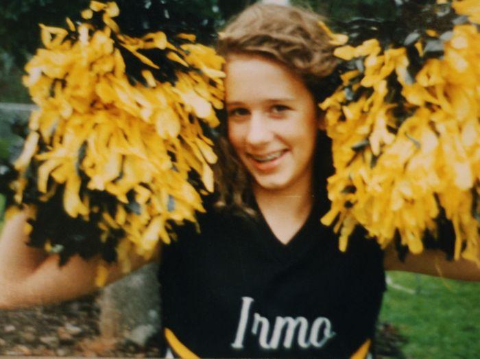 emily cheerleader