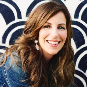 <b>Melanie Shankle</b>, <i>New York Times</i> bestselling author of <i>Sparkly Green Earrings</i>