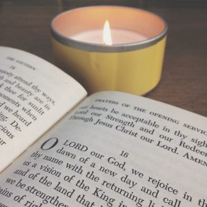 153: Keep Advent Simple (with Tsh Oxenreider)